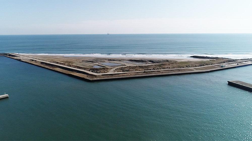 飯岡漁港の大堤防
