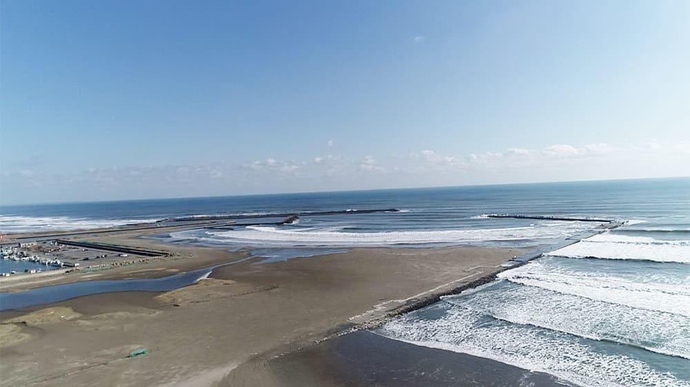 片貝海岸 片貝漁港と片貝新堤防サーフポイント