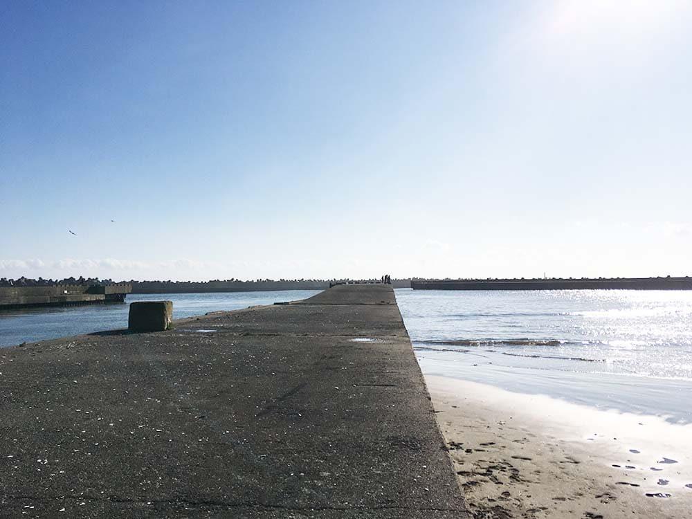片貝海岸 作田川沿い