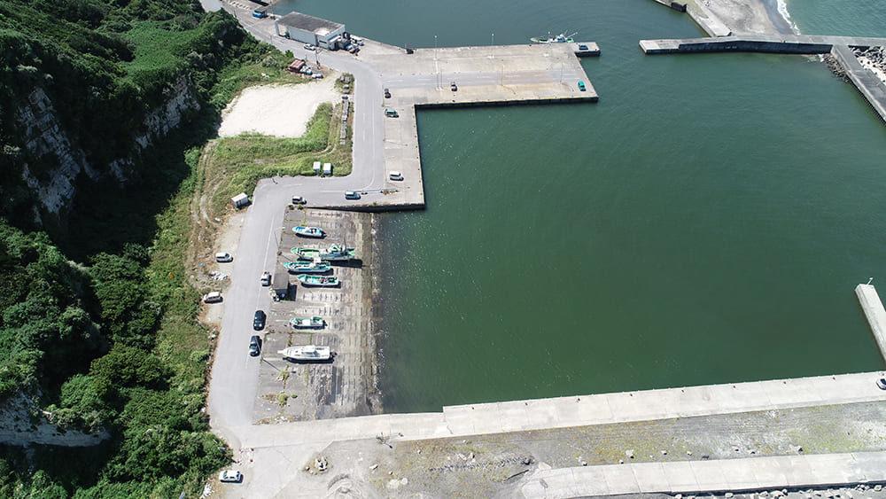 太東漁港の奥