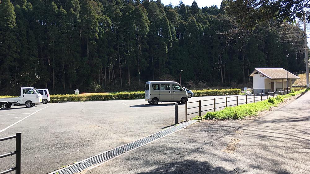丑ヶ池 駐車場